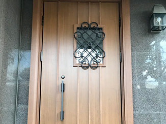 エクステリアリフォーム 断熱仕様で寒さが気にならなくなった玄関ドア