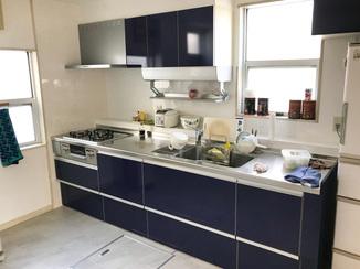キッチンリフォーム 収納が増え、使い勝手にもデザインにも大満足のキッチン