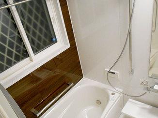 バスルームリフォーム 窓断熱で冬もあたたかく心地の良いバスルーム