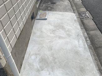 小工事 ひび割れをキレイに補修したアパートの共用部分